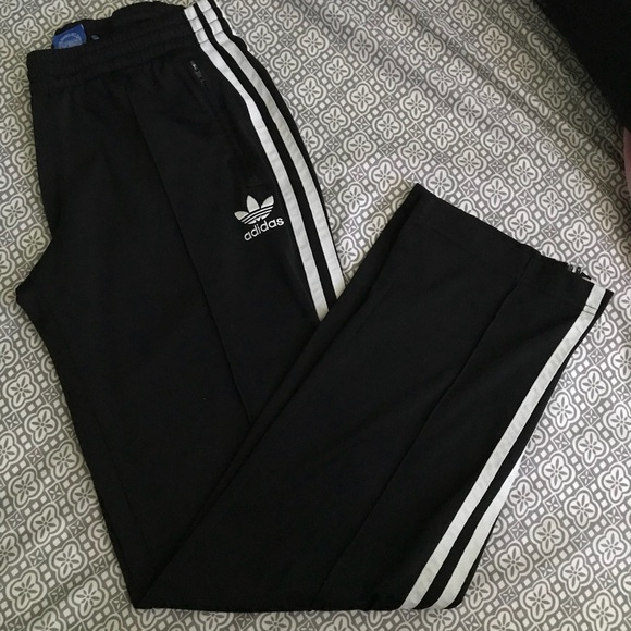 cheap for discount fd94f aad95 Adidas Superstar SST Track Pants XS